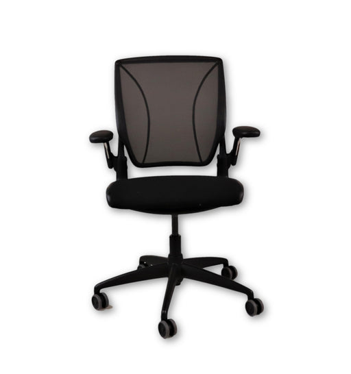 Humanscale Diffrient World Chair Fabric seat and  Mesh Back