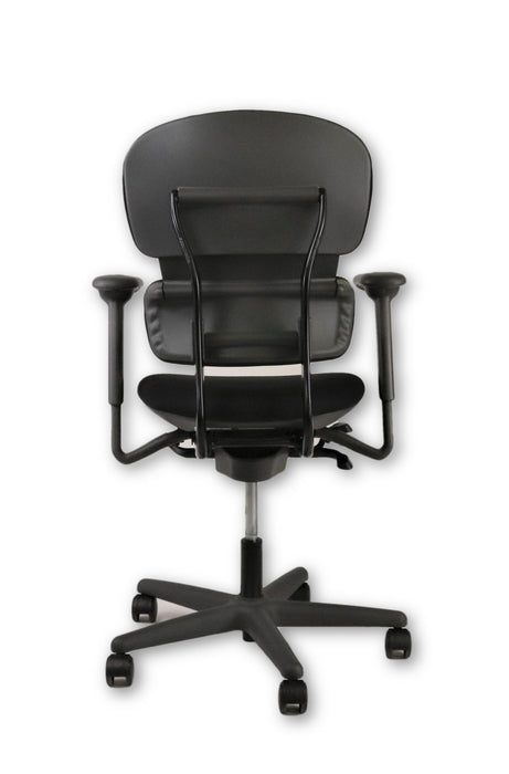 KI Impulse chair ( New Black Fabric)