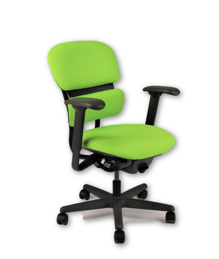 KI Impulse chair ( New Green Fabric)