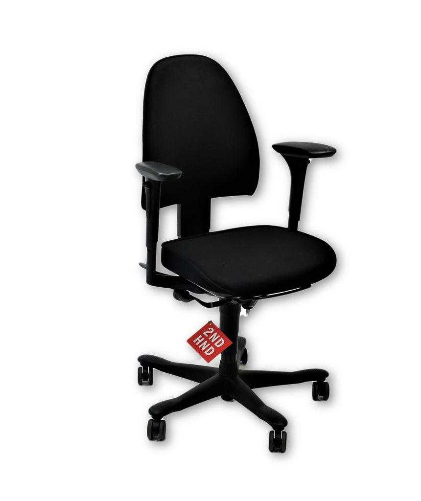Kinnarps 8000 Task Chair Med Back Black fabric