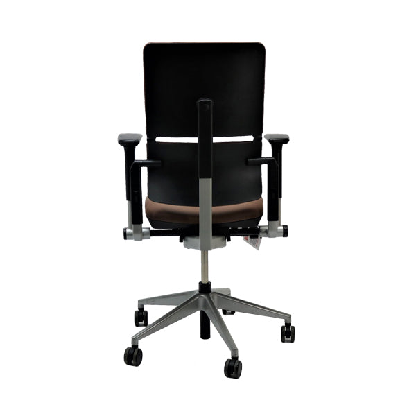 Steelcase Please V2 New Brown Leather chair