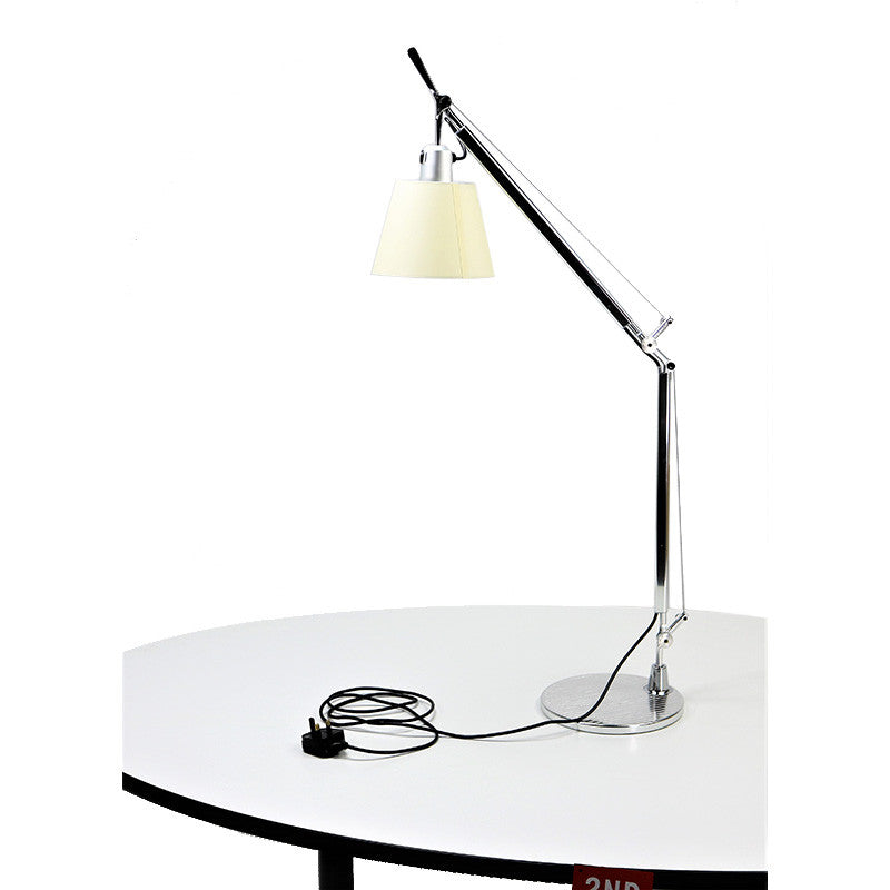 ARTEMIDE TOLOMEO TABLE BASCULANTE OFFICE LAMP