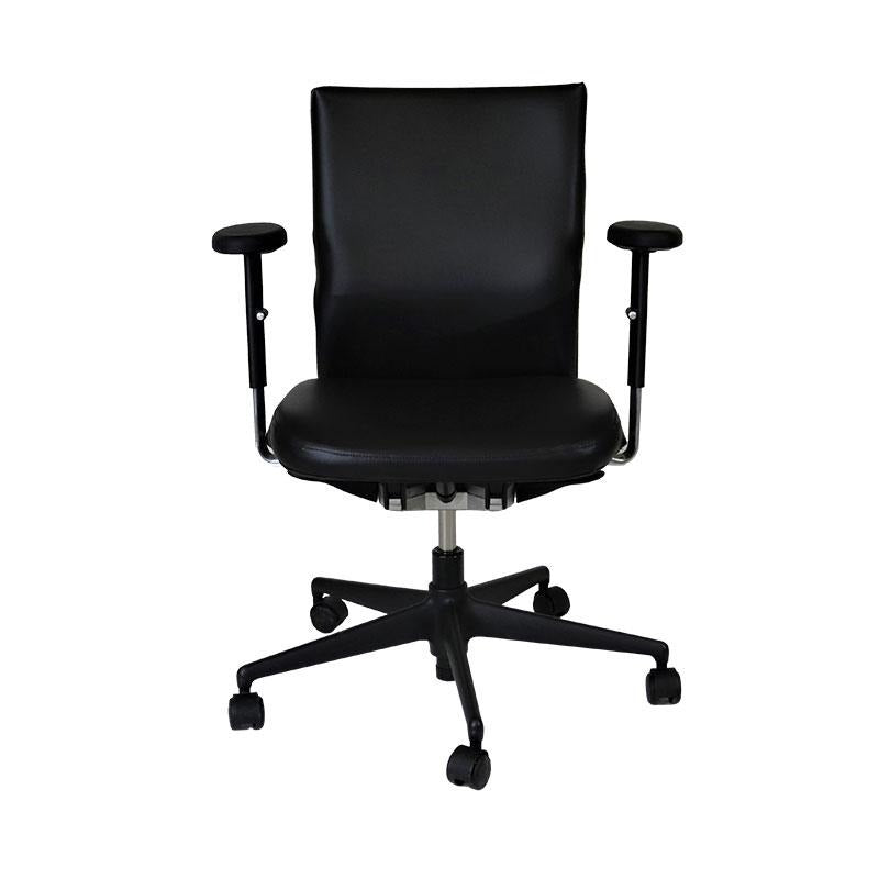 Vitra Axess in Black Leather