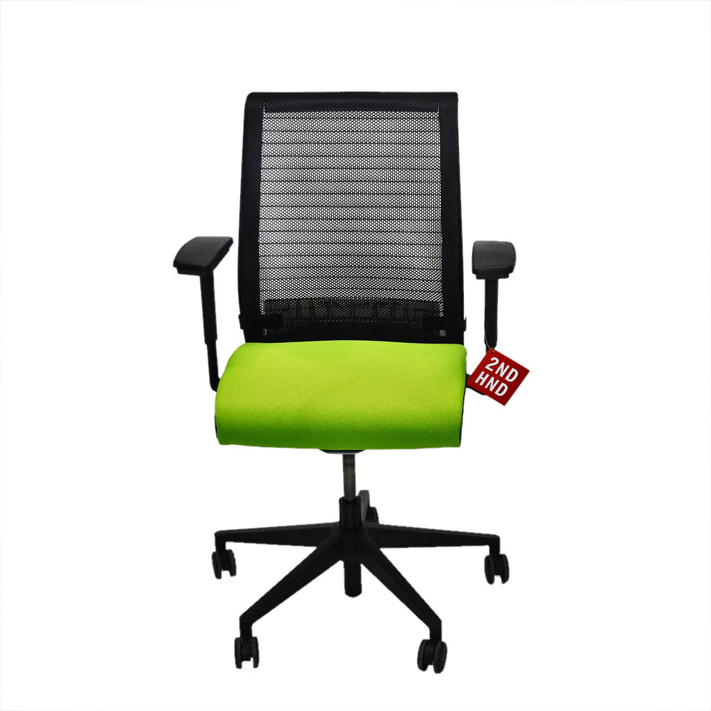 Steelcase Think Office Chair in New Green Fabric ...  sc 1 st  2ndhnd.com & Steelcase Think Office Chair in New Green Fabric u2013 2ndhnd.com ...