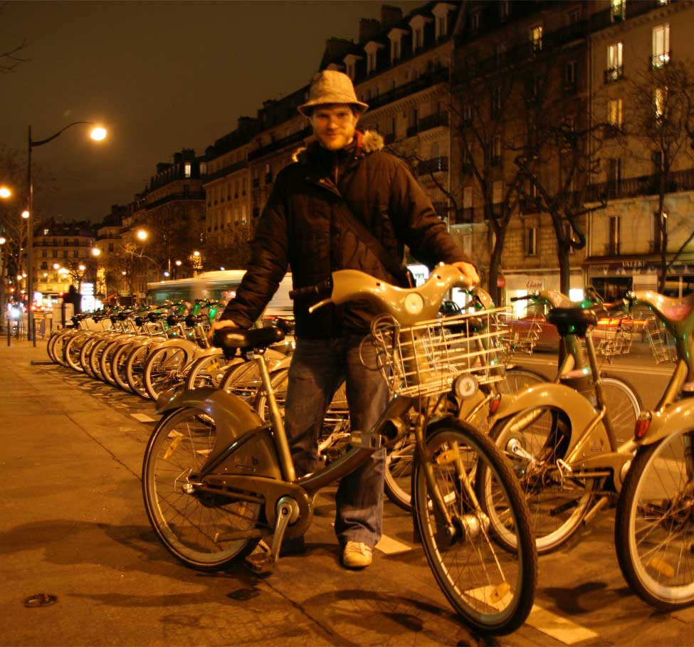 Paris Travelogue: Bicycle Culture Imposed From Above