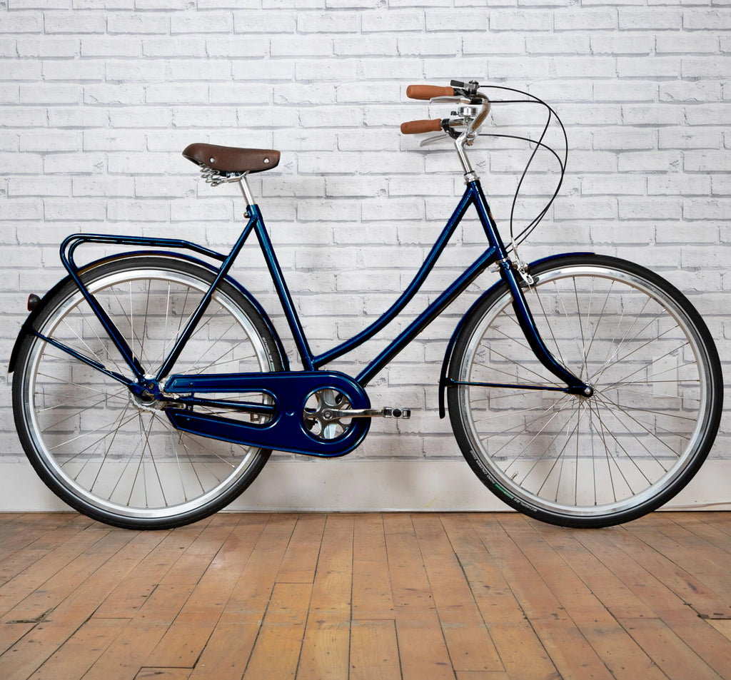 Achielle Babette Oma Dutch City Bike in Night Blue