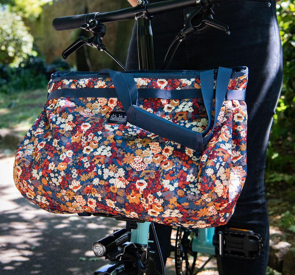 Borough Basket Shoulder Bag in Liberty Fabric