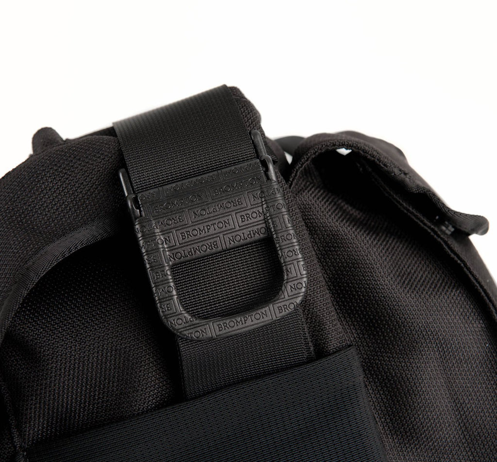 Brompton Metro Large Messenger Bag in Black with Adjustable Straps