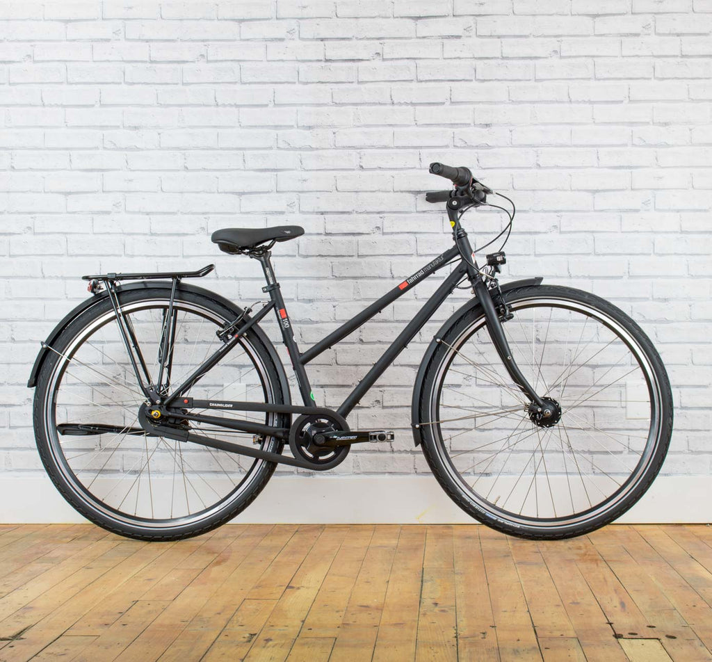 VSF Fahrrad Manufaktur T-100 Step-Through bike in Black in 45cm