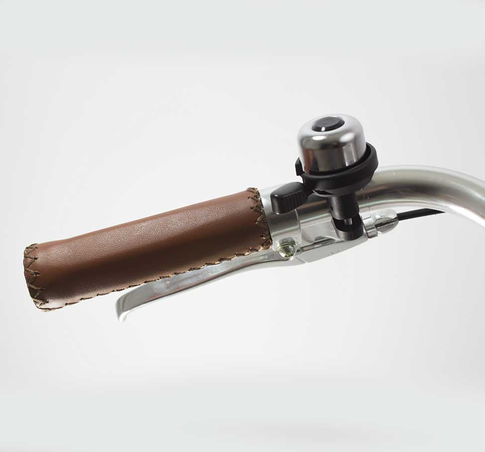 INCREDIBELL BRASS DUET CHROME BELL ON HANDLEBAR