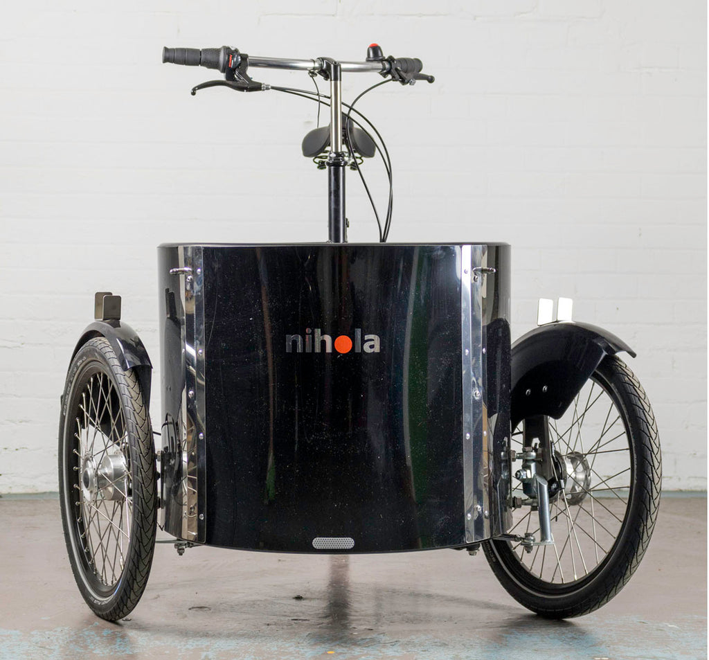 Nihola Low Cargo Trike - Front Angle - Independent Steering
