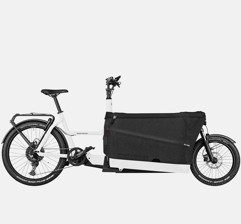 Riese & Muller Packster 70 Touring with Schwalbe Smart Sam Plus Tires and Tarpaulin Cover in White