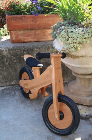 Front view of the Kinderfeets Bamboo Classic Balance Bike