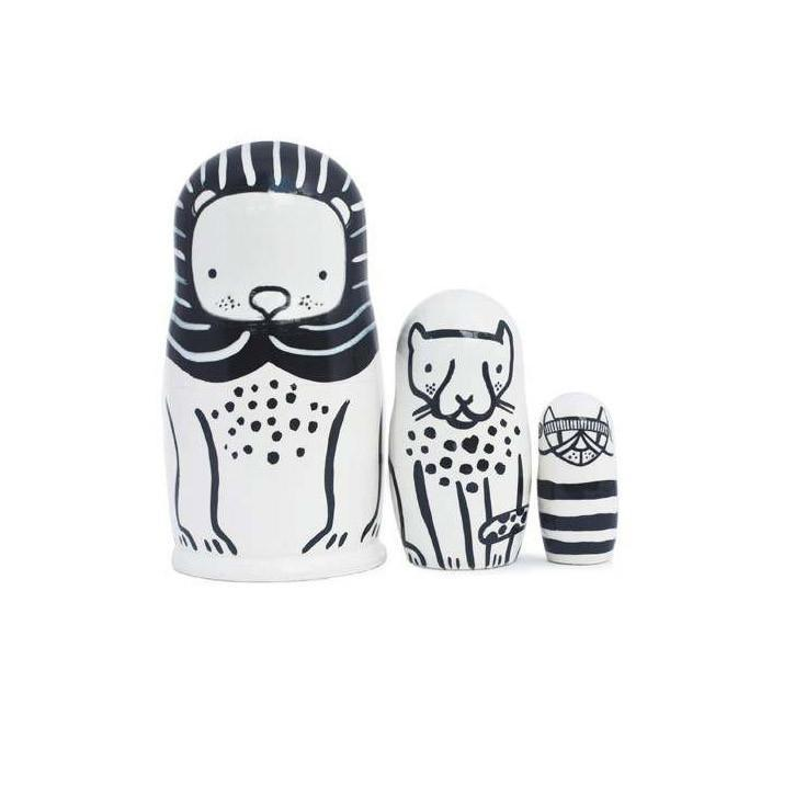 Wee-Gallery-Wooden-Nesting-Dolls-Cats