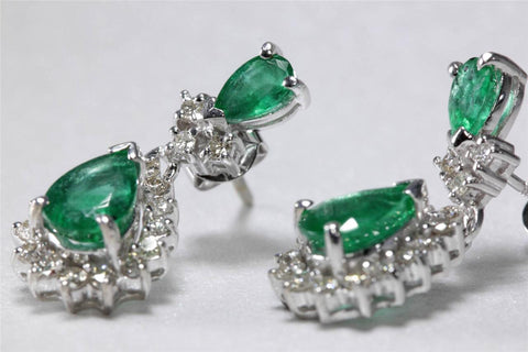VINTAGE 14K WHITE GOLD LADIES EARRING EMERALD PEAR SHAPE & DIAMOND 2.72CT