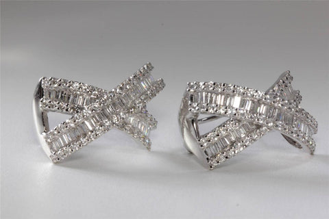14K WHITE GOLD X EARRINGS BAGUETTE DIAMOND ROUND 4.0CT OMEGA BACK