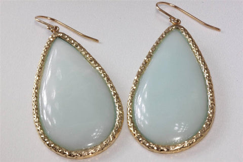 LARGE 14K GOLD EARRING DANGLING HANGING LIGHT GREEN JADE