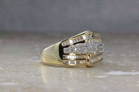 14K YELLOW GOLD DIAMOND RING .50 Ct MODERN LADYS BAND BAGUETTE ROUND RING