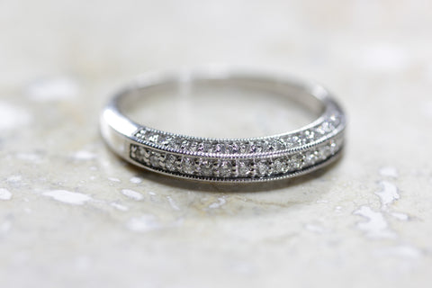 14K WHITE GOLD LADIES MILGRAIN ROUND DIAMOND WEDDING BAND
