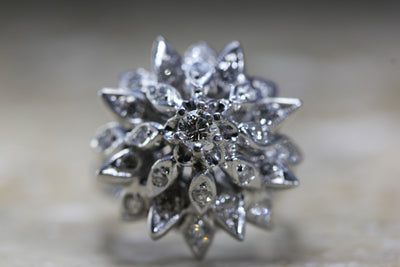 ANTIQUE COCKTAIL FLOWER MOTIF RING DIAMOND 14K W GOLD RETRO 1940's