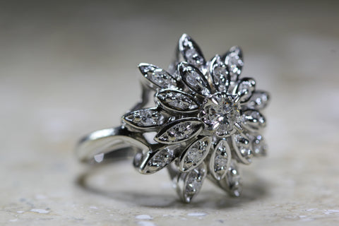 ANTIQUE COCKTAIL STARBURST RING DIAMOND 14K W GOLD RETRO 1940's