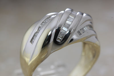 MODERN LADIES BAND BAGUETTE RING 14K WHITE & YELLOW GOLD DIAMOND RING 1.00 Ct