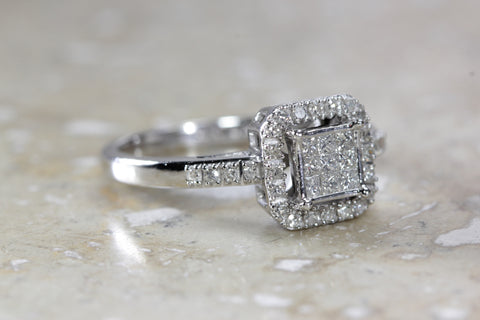 14k WHITE GOLD DIAMOND LADIES ENGAGMENT RING