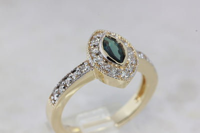HALO MARQUISE 14k YELLOW & WHITE GOLD LADIES ALEXANDRITE & DIAMOND RING