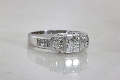 14k WHITE GOLD DIAMOND LADIES INVISIBLE PRINCESS CUT RING