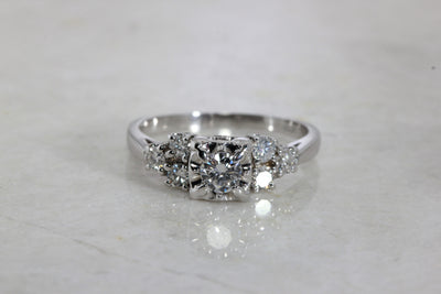 ESTATE ANTIQUE ENGAGEMENT RING 14K W GOLD DIAMOND RING ILLUSION SETTING 1930's