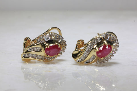 RUBY & DIAMOND EARRING IN 14k YELLOW GOLD SETTING BAGUETTE AND ROUND