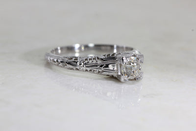 ANTIQUE 18k WHITE GOLD ART DECO FILIGREE ILLUSION ENGAGEMENT RING EUROPEAN CUT DIAMOND