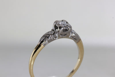 ANTIQUE 1940's VINTAGE ENGAGEMENT RING 14k WHITE & YELLOW GOLD DIAMOND RING ILLUSION SETTING