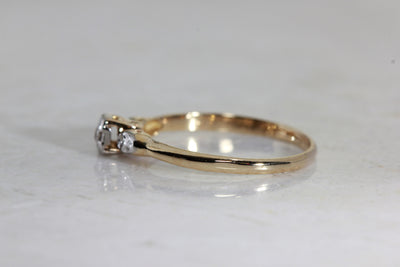 ANTIQUE 1940's ENGAGEMENT RING 14k WHITE & YELLOW GOLD EURO CUT DIAMOND RING ILLUSION SETTING