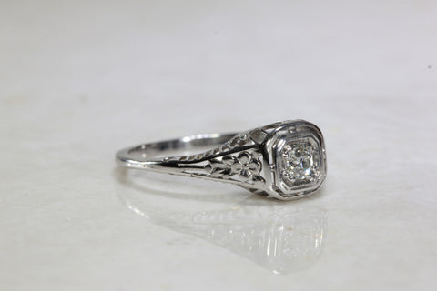 ANTIQUE 14k WHITE GOLD ART DECO FILIGREE ENGAGEMENT RING EUROPEAN CUT DIAMOND ILLUSION SETTING