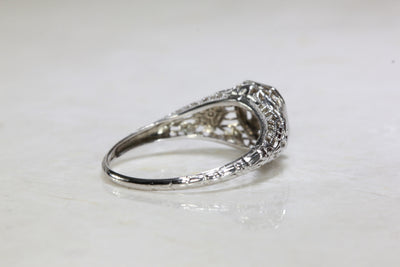 ANTIQUE 18k WHITE GOLD ART DECO FILIGREE ENGAGEMENT RING EUROPEAN CUT DIAMOND