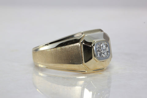 14k YELLOW GOLD MENS FOUR STONE DIAMOND RING