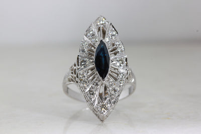 ART DECO FILIGREE COCKTAIL RING DIAMOND AND SAPPHIRE IN 14k WHITE GOLD ANTIQUE