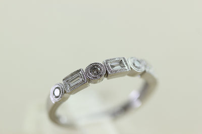 ANTIQUE DIAMOND WEDDING BAND 14k WHITE GOLD