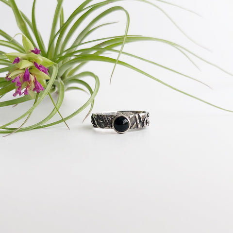Unisex Fused Ring with Onyx