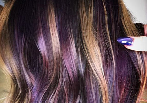 Fancy hair, how to keep bright colours