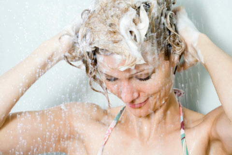 importance-washing-hair-properly