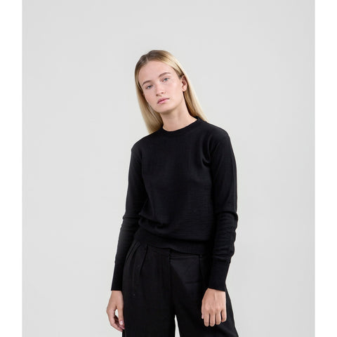 The Essential Merino Crewneck - Black