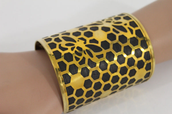 Gold Metal Hand Cuff Bracelet Honey Bees Hives Black New Women Fashion Jewelry Accessories