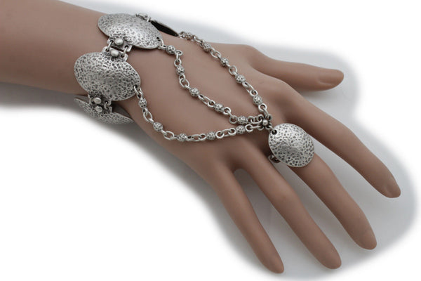 Antique Silver Gold Metal Hand Chain Oval Charms Bracelet Slave Rings Vintage Jewelry New Women Trendy Fashion Accessories
