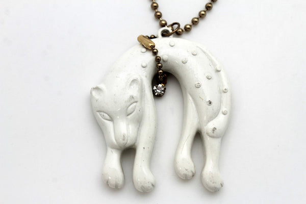 Gold Long Metal Chain White Black Cat Pendant Animal Necklace Women Fashion Jewelry Accessories