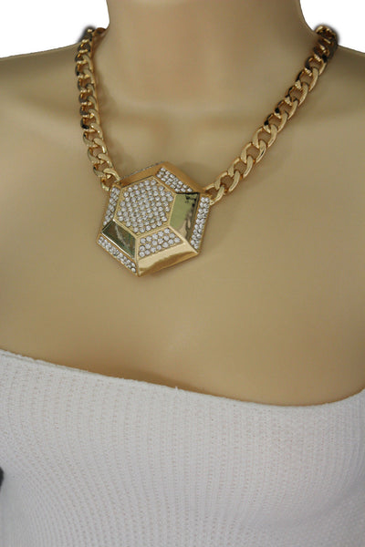 Gold Metal Chain Link Big Geometric Botton Charm Short Necklace New Women Fashion Jewelry Accessories