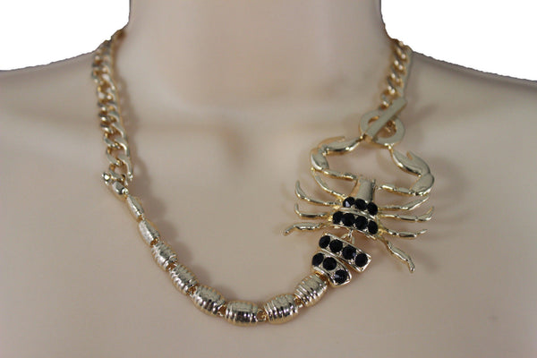 Gold Metal Chain Pearl Bead Choker Short Necklace Silver Black Rhinestones Big Scorpion Pendant New Women Fashion Accessories