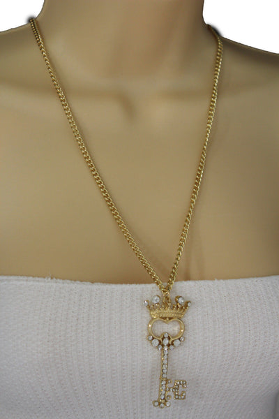Gold Metal Chains King Crown Queen Key Charm Long Necklace New Women Fashion Jewelry Accessories