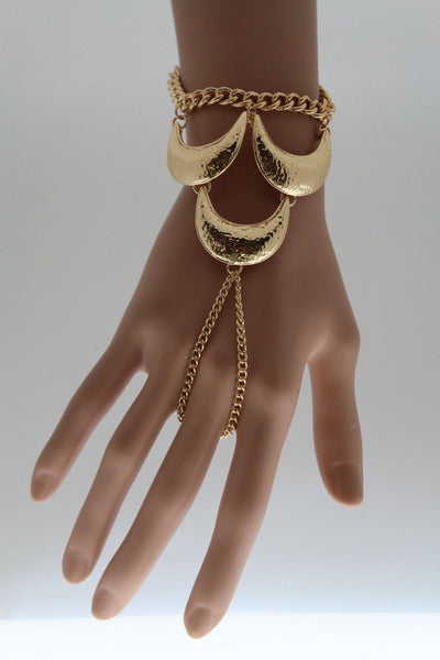 Gold Metal Hand Chain Bracelet Slave Ring Moons Crescent Casual Trendy New Women Fashion Accessories